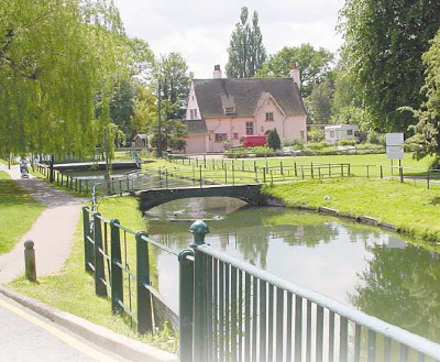 Kingsway bed and breakfast Broxbourne - The tow-path walk